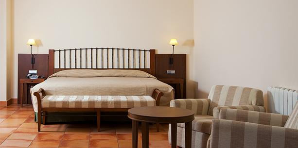 Junior suite room Hotel Hesperia Toledo