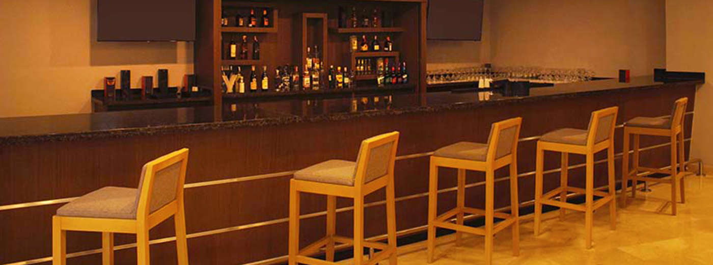 Bar de l'Hotel Hesperia Maracay