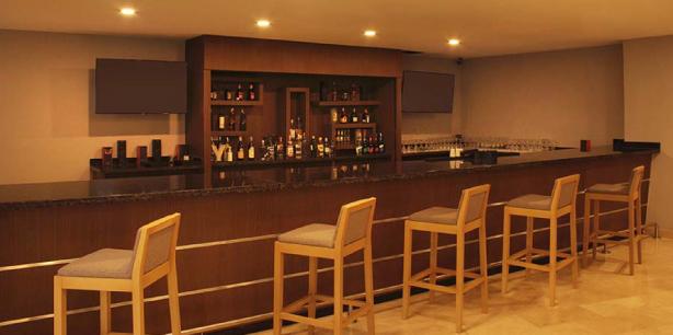 Bar del Hotel Hesperia Maracay