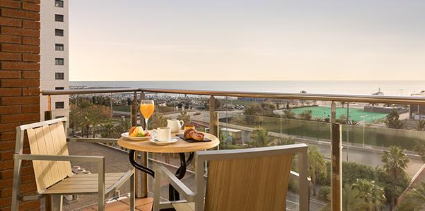 Balcó de l'habitació de l'Hotel Hesperia Barcelona Del Mar