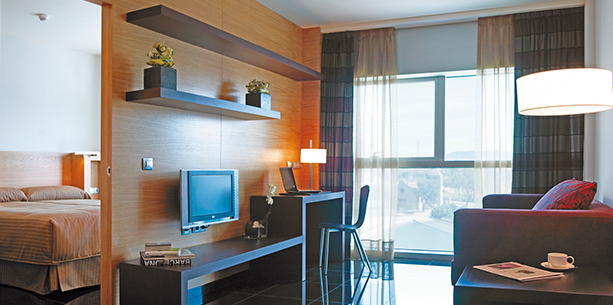 type room apartment overlooking Barcelona Hesperia Fira Suites