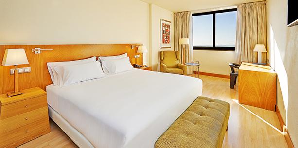 Habitació standard de l'Hotel Hesperia Barcelona Sant Just