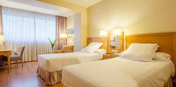 Room Hotel Hesperia A Coruña Center