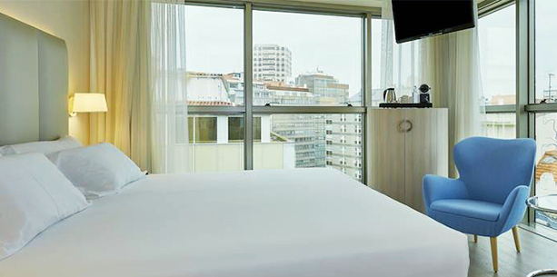 new style superior room overlooking the Hotel Hesperia A Coruña Center