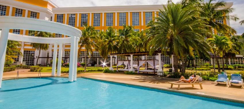 Piscina de l'Hotel Hesperia Isla Margarita
